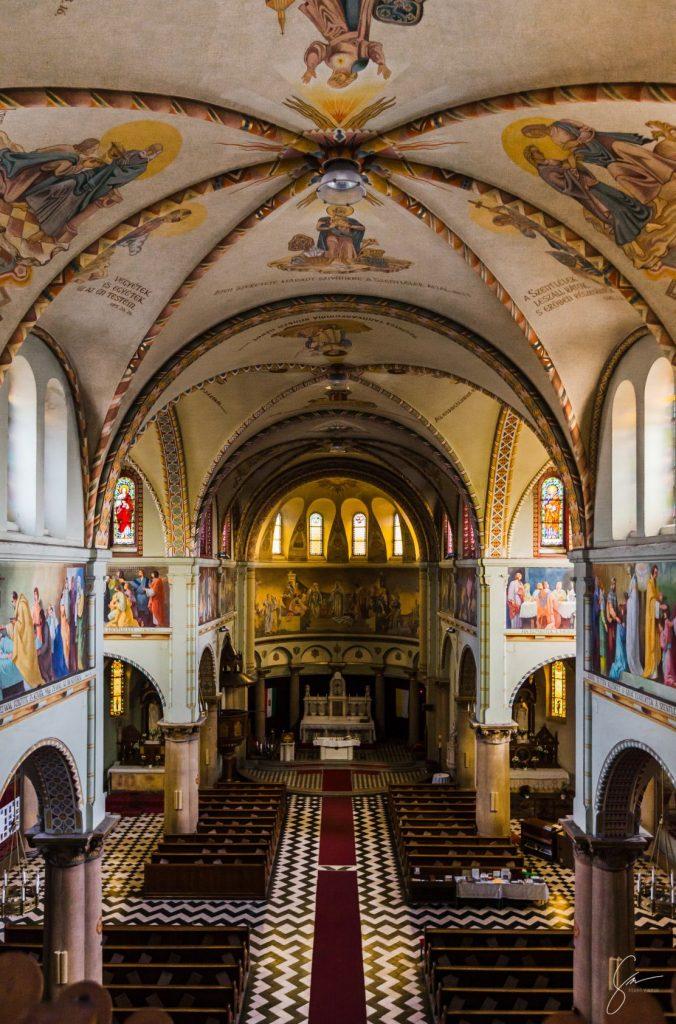 Herminamezői Szentlélek Templom felújítása alpintechnika segítségével